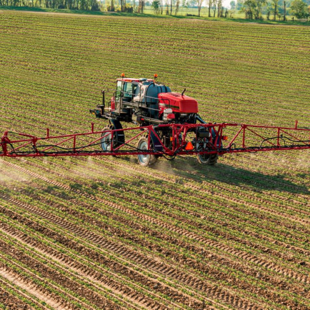 Case IH Patriot 4440 Sprayer with Case AIMCommand® Pulse Width Modulation (PWM) System